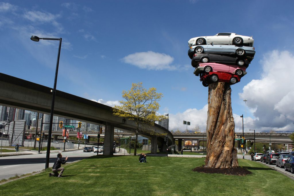 Cars on a tree